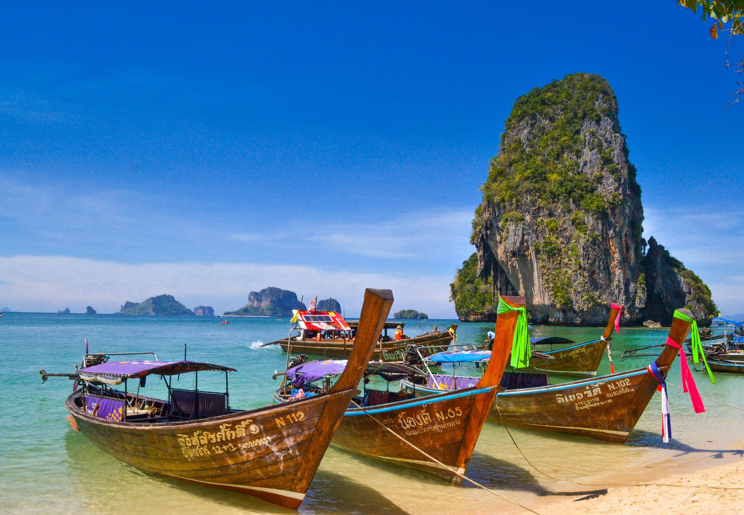 Beach in Thailand. Living abroad is the best time to start a business. The Lifestyle Marketeer and James Hopkins Coaching teaches expats all around the globe, including in Thailand to do just that